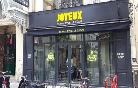 cafe joyeux restaurant bonne cause handicap lutte paris coup de coeur