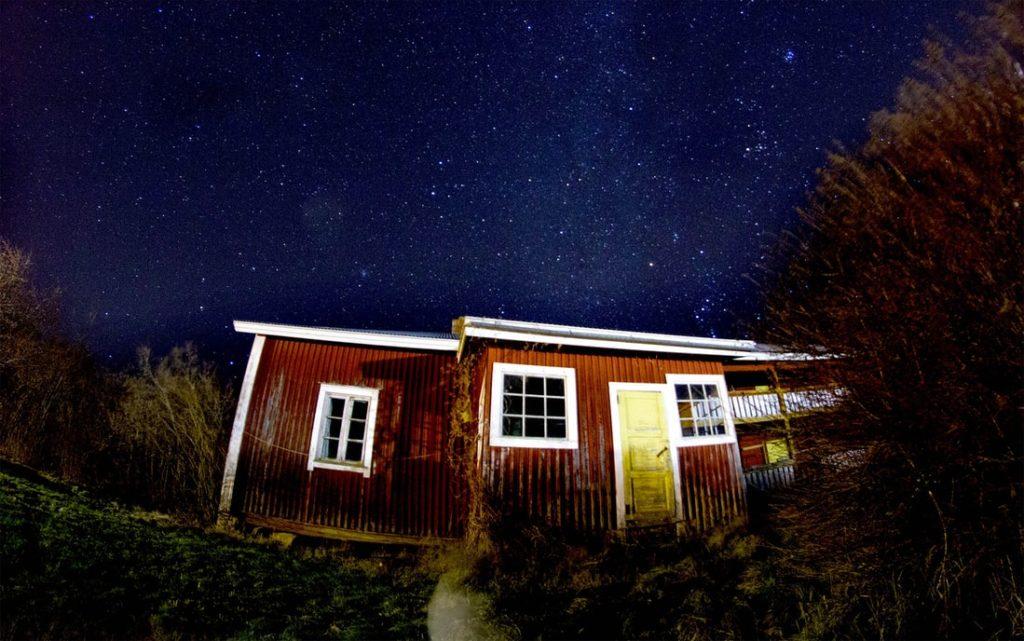 Une image contenant extérieur, bâtiment, maison, herbe  Description générée automatiquement
